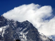 Everest 2021: Delays Due to Cyclone Yass
