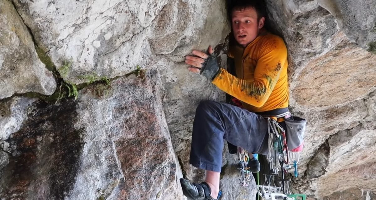 Watch Pete Whittaker on Desperate 5.13 Roof Crack FA