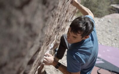 Watch Alex Honnold on His V7 Lowball Project